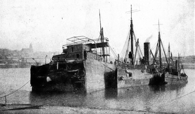 THE ARABY'S BOW beached in Boulogne Harbour