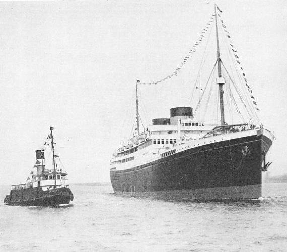 The Britainnic approaching Liverpool landing-stage on her maiden voyage
