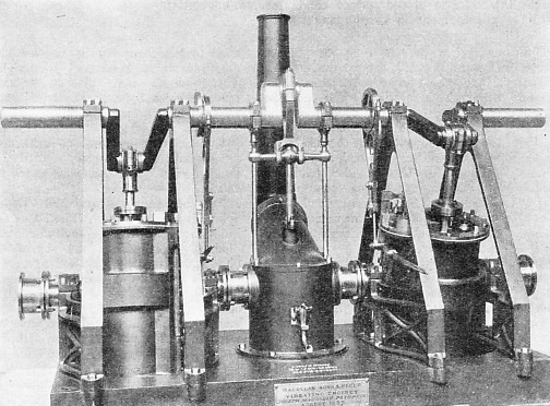 MAUDSLAY'S OSCILLATING ENGINE, patented in 1827
